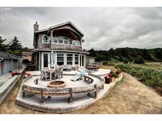 464 North Hemlock Street, Cannon Beach OR