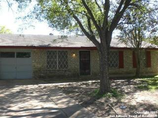 4830 Castle Sword, San Antonio, TX 78218