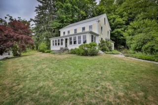 74 River Road, Merrimac MA