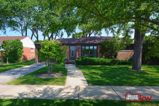 7048 Emerson Street, Morton Grove IL