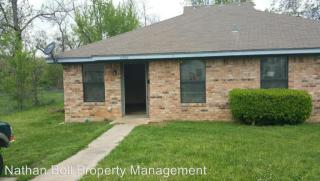 2592 W Houston St, Paris, TX 75460