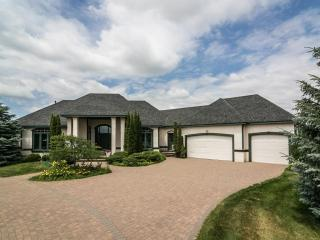 587 Vista Ridge Lane, Shakopee MN