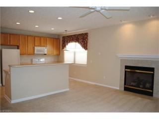 18331 River Valley Blvd, North Royalton, OH 44133