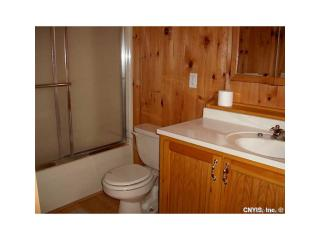 47601 Dingman Point Rd, Alexandria Bay, NY 13607