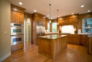 3933 Northhampton Ct, West Linn, OR 97068