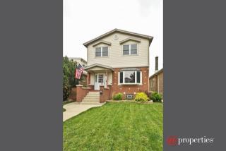 4515 North Merrimac Avenue, Chicago IL