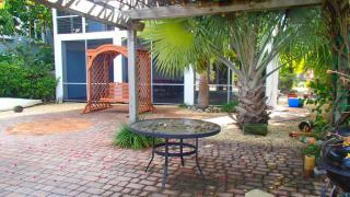 30 North Dr, Key Largo, FL 33037