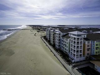 3738 Sandpiper Road, Virginia Beach VA