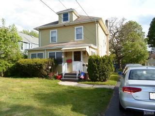 210 Lakeside Avenue, Pompton Lakes NJ
