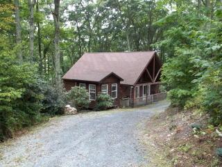 35 Cabin Ridge Lane, Banner Elk NC