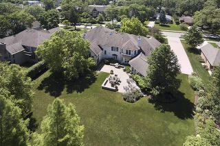 2330 Woodlawn Road, Northbrook IL