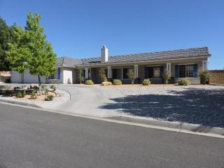 15310 Lookout Road, Apple Valley CA