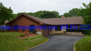 30 Rough Lee Ct, Madison, WI 53705