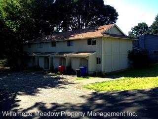 1725 N 3rd Ave, Stayton, OR 97383