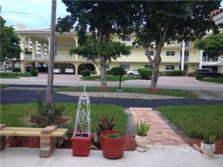 4771 Bayview Dr, Fort Lauderdale, FL 33308