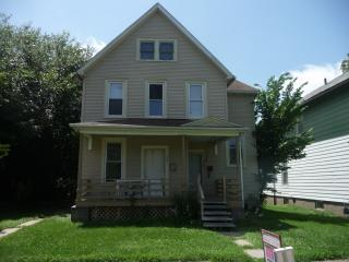 1009 West 14th Street, Davenport IA
