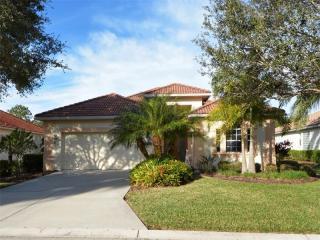 6618 Pinefeather Court, Bradenton FL