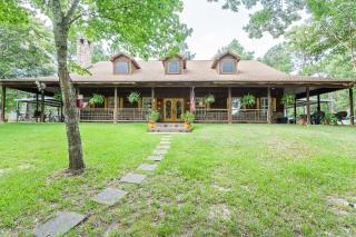 4621 Lakewood Drive, Kountze TX