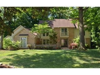 6064 Pickwood, West Bloomfield Township MI