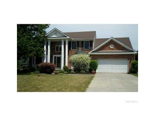 5766 Kippen Dr, East Amherst, NY 14051