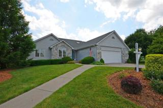 906 Blue Stone Court, Fort Wayne IN