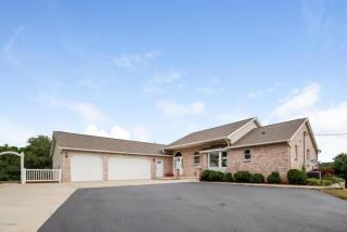 6320 Knoll Drive, Middleville MI
