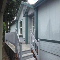 15768 Southeast Powell Boulevard, Portland OR