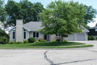 530 Candlewick Court, Dubuque IA