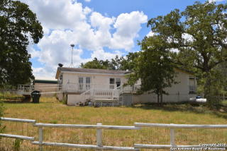 1070 Ivy Switch Road, Luling TX