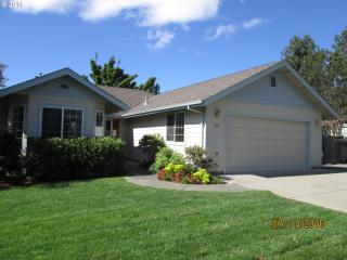 1005 Northwest Cooke Avenue, Grants Pass OR