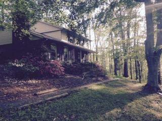 147 Spring Shore Rd, Statesville, NC 28677