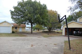 2405 S Central Expy, Anna, TX 75409