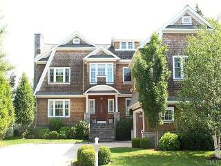 297 Pine Creek Avenue, Fairfield CT