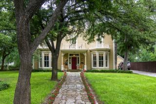 126 South Lambert Street, Granbury TX