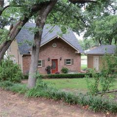 1314 Whispering Springs Drive, Tool TX