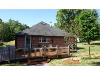 5 Cottage Avenue, Auburn NH