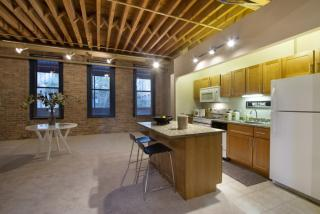 1350 N Wells St, Chicago, IL 60610