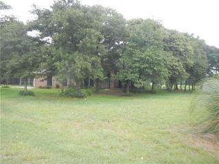821 Wood Trail, Azle TX