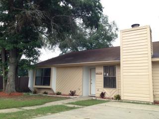 8438 Harbour Square Drive, Pensacola FL