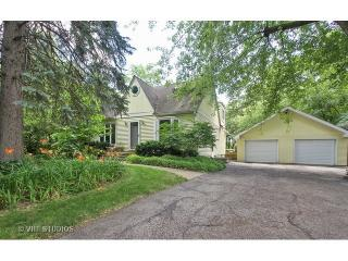 11 North Schoenbeck Road, Prospect Heights IL