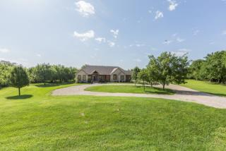 508 North Springwood Court, Goddard KS