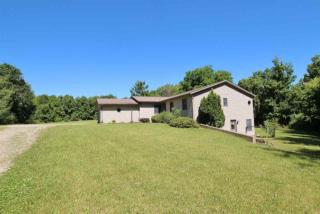 703 East Waits Road, Kendallville IN
