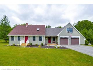 67 Highland Cliff Road, Windham ME