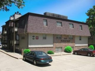 1114 Fremont St, Manhattan, KS 66502