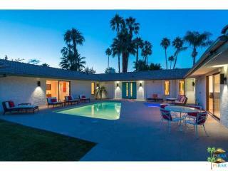 505 North Camino Real, Palm Springs CA