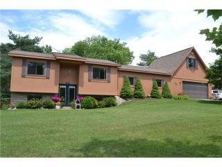 3651 Wood Point Drive, Ortonville MI