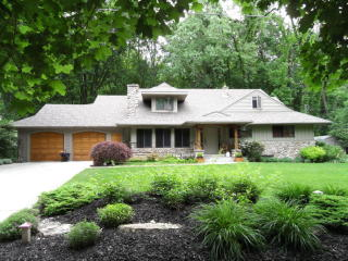2863 Reeds Lake Boulevard Southeast, East Grand Rapids MI