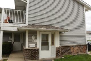 1421 Bear Flag Drive, Hanover Park IL