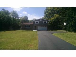 8671 Bainbridge Road, Chagrin Falls OH