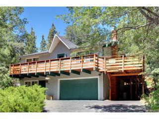 1736 Columbine Drive, Big Bear City CA